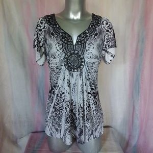 Black & White Short Sleeve Tunic Top